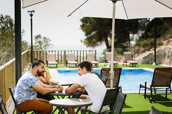 Imagen exterior piscina centro terapeutico JSR391781 opt