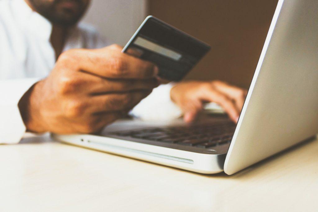 Las compras online ponen en riesgo a los repartidores durante la cuarentena por el Covid19