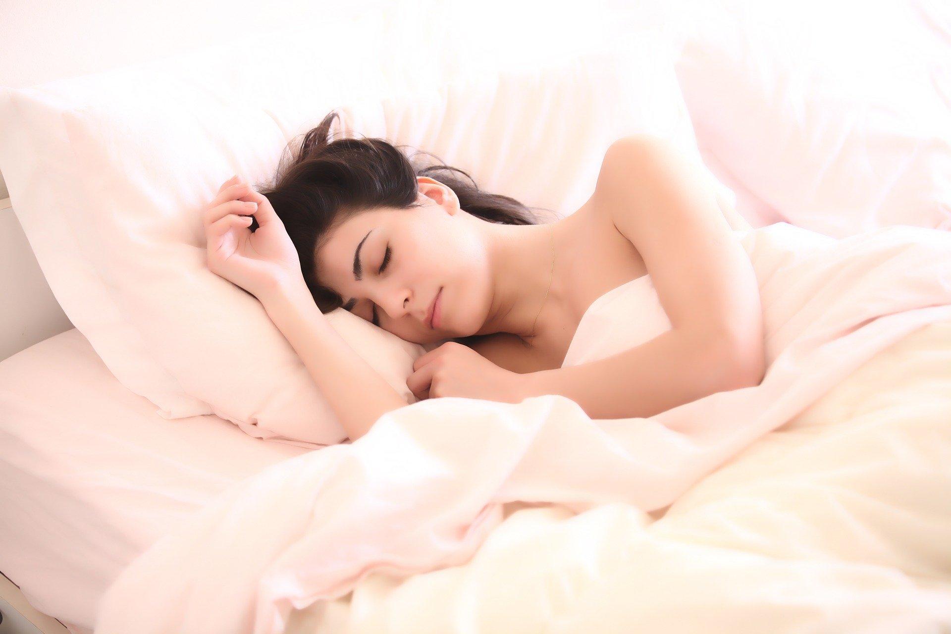 Para dormir después de consumir coca es necesario relajarse y establecer unos hábitos.
