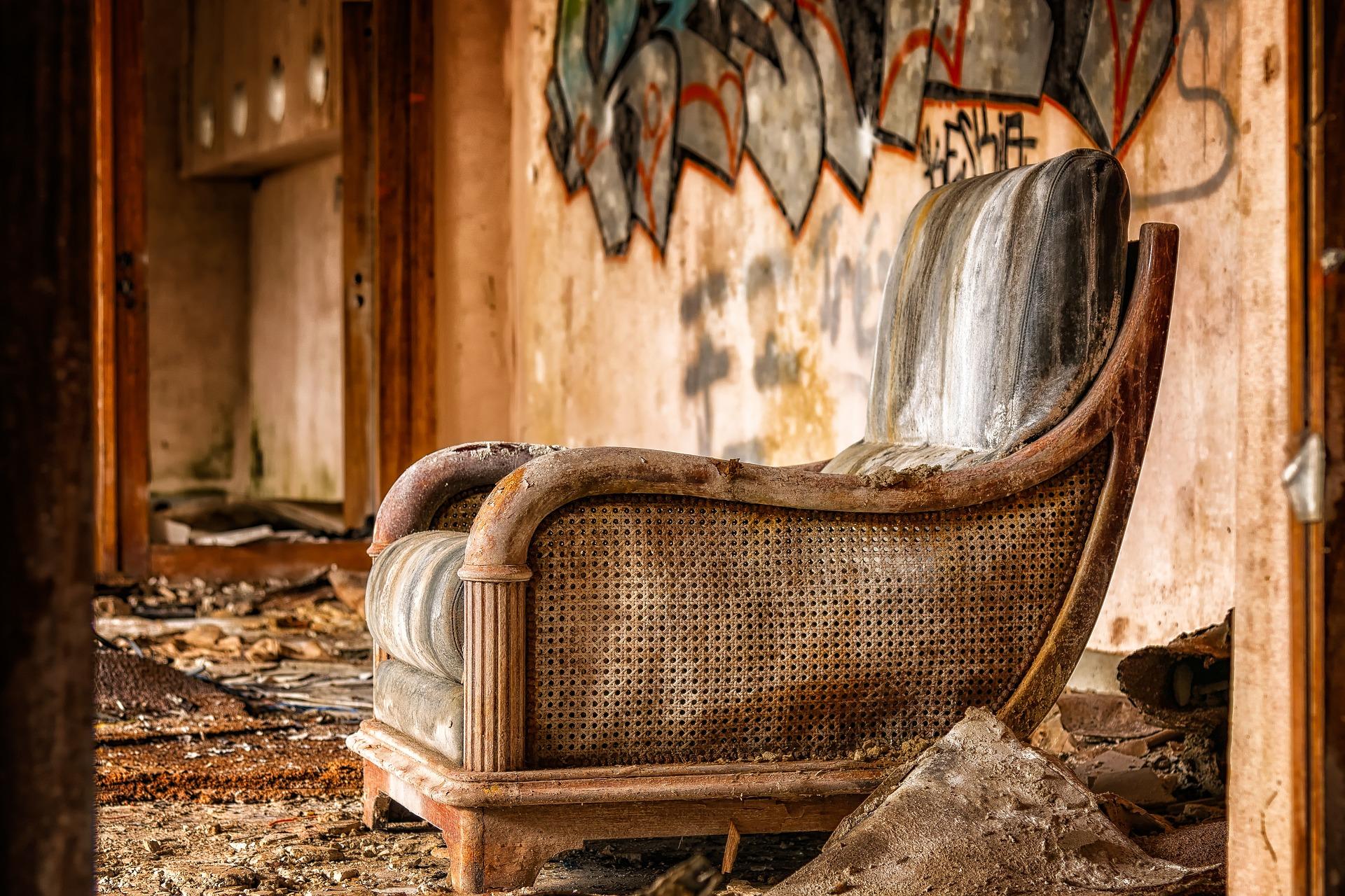 sillón pared
