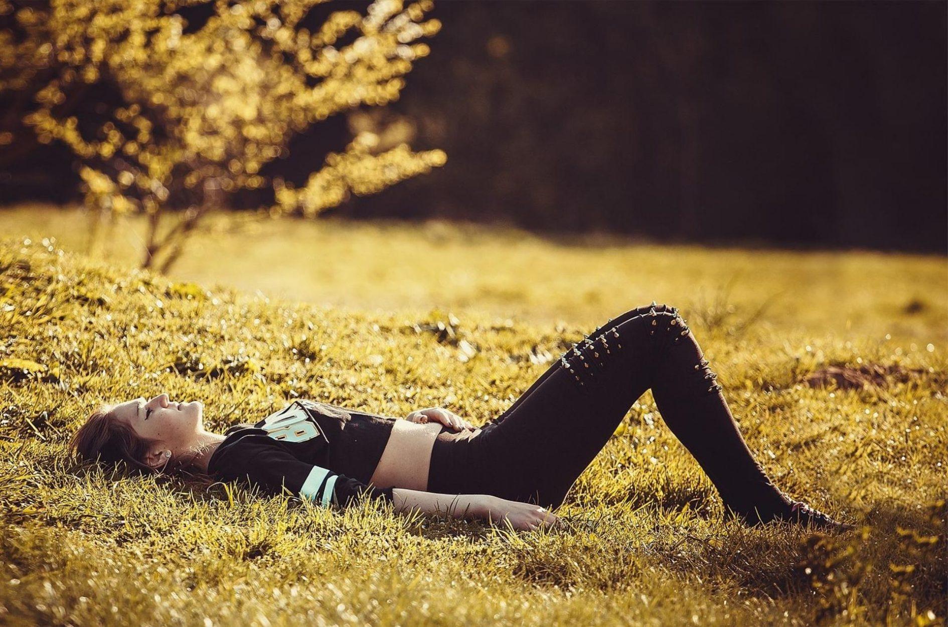 El abuso de drogas para relajarse puede ser un riesgo para la salud.