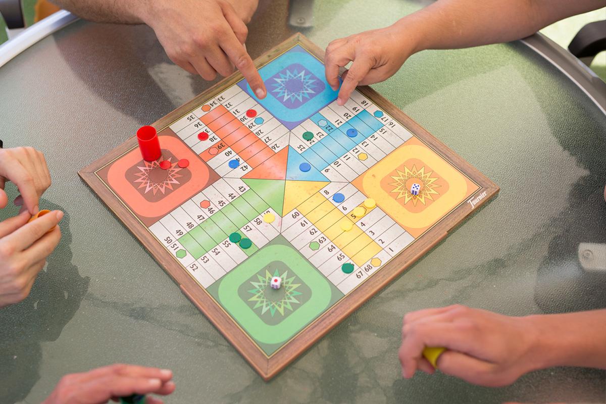 Juegos De Mesa Y Actividades Terapéuticas